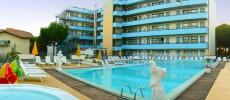 Familyhotelresidence.it Costa dei Pini: albergo e appartamenti a Pinarella di Cervia